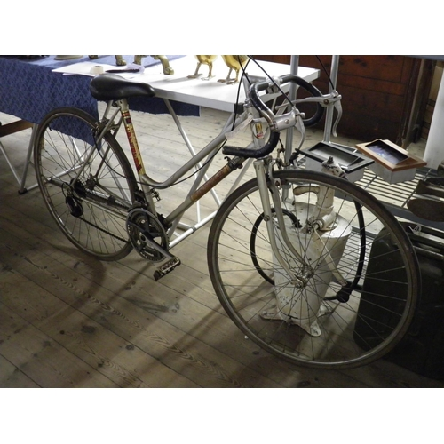 145 - Ladies Coventry Eagle Racing Bicycle 70's...