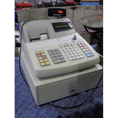 18 - cash register /till...