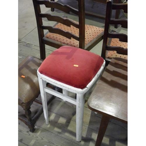 72 - Small stool...