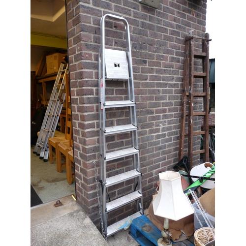 23 - Aluminium folding ladder...
