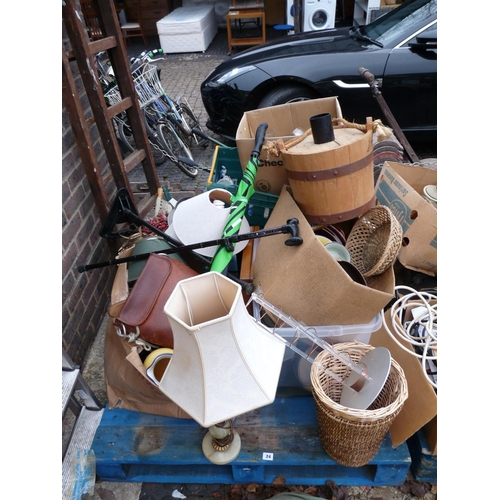 24 - Pallet of assorted House clearance items...