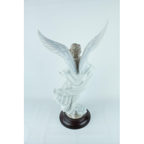 37 - Lladro 'Guardian Angel', Limited Edition 2216 of 4000, Sculptor: Francisco Catalá, Artist: A. Cabo, ...