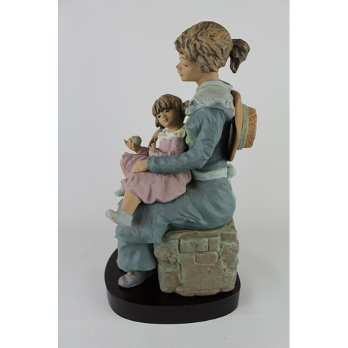 47 - Signed Lladro 'A Treasured Moment' Goyesca Figurine, Limited Edition 174 of 200 of Matte finish, Scu...