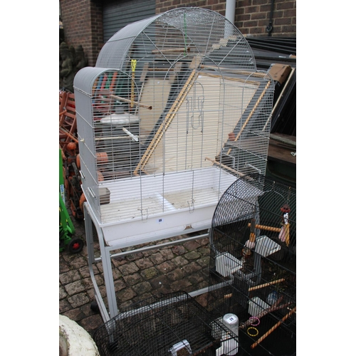18 - Large Painted metal Budgie Cage...