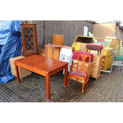 21 - Collection of assorted House clearance Furniture...