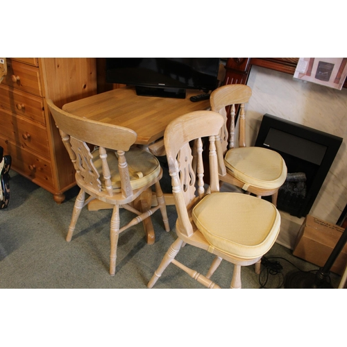 97 - Drop Leaf table with 4 Chairs...