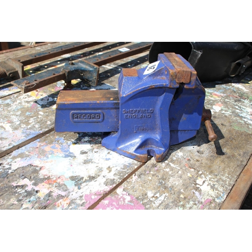 26 - Record of Sheffield Cast Iron 28B5 Vice...
