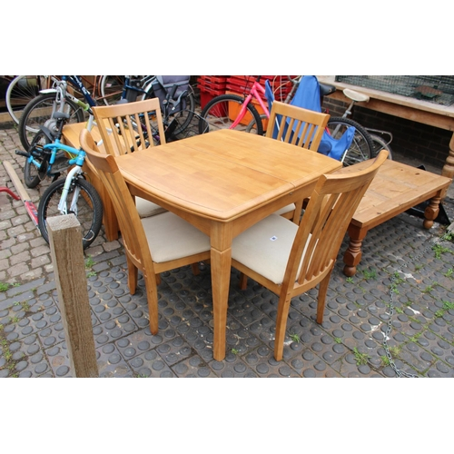 10 - Kitchen beech table and chairs....
