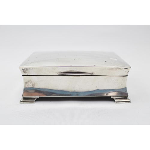 1920s Silver Cigarette Box with concave sides supported on bracket feet 5.5'' Wide Birmingham 1923