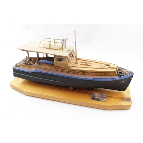 18 - Models of Hemingway's Boat 'Pilar' with similarly titled book 'Hemingways Boat' plus two books on mo...