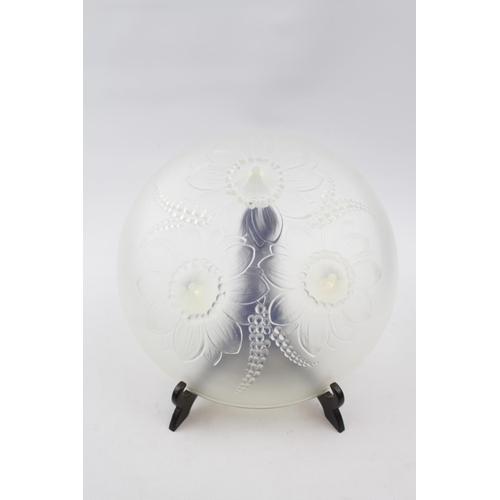 34 - Vernox Sabino Opalescent bowl of floral design on peg feet, 21cm in Diameter...