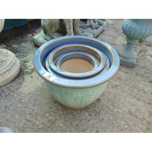 39 - Qty garden pots blue / green new