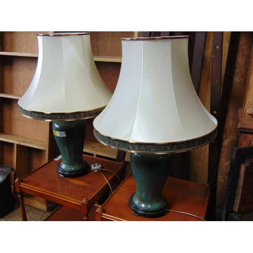59 - x2 Green lamps