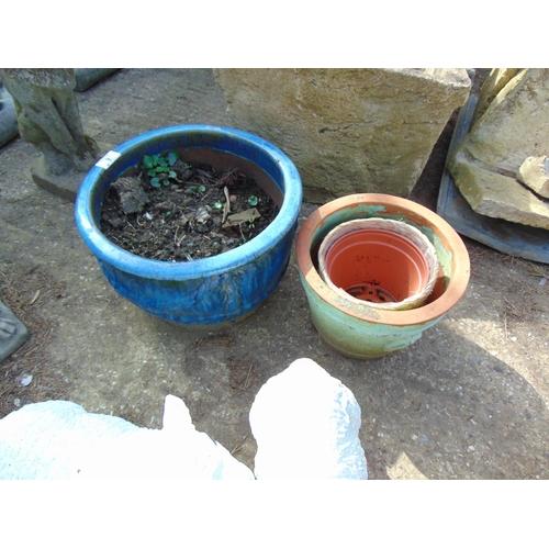 9 - Garden pots