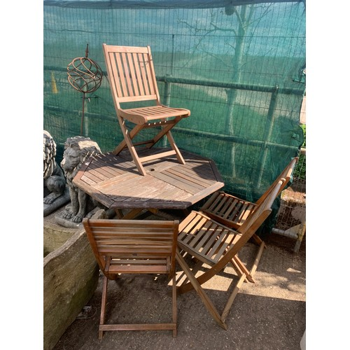 4 - Garden teak table with 4 chairs