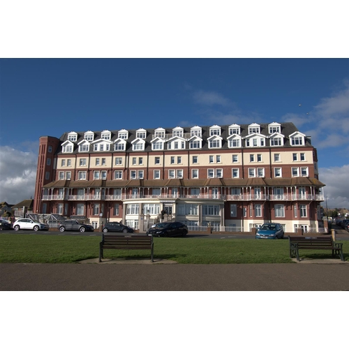 4 - Apartment 12- The Sackville De La Warr Parade Bexhill-On-Sea- TN40 1LS  Guide price- £70,000  Guide ...