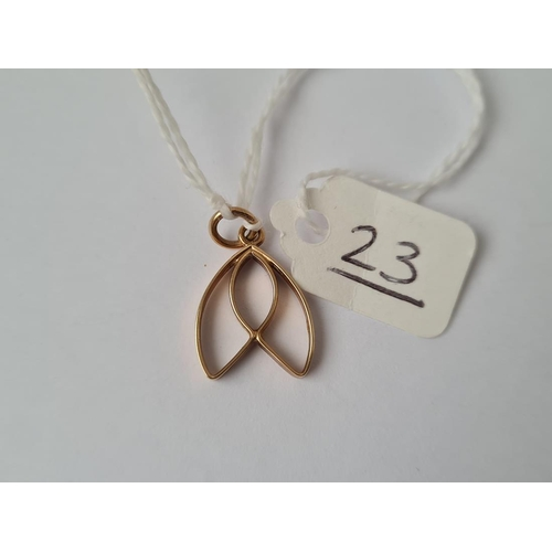 23 - A small pendant in 9ct - 1.1gms