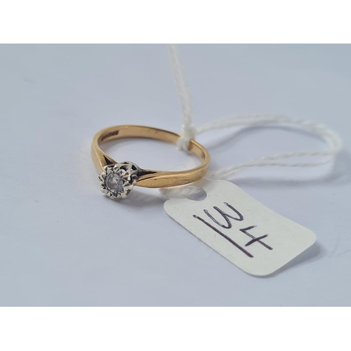 34 - A solitaire diamond ring in 9ct - size N - 1.8gms