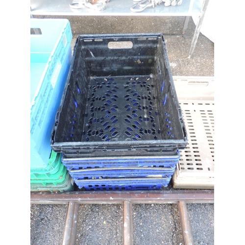 132 - Plastic crates...