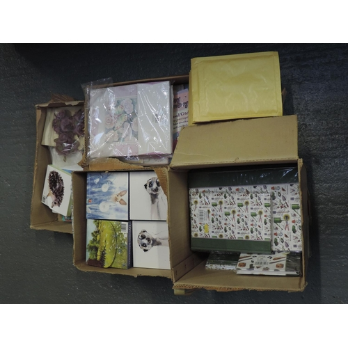 190 - Quantity - shelf of greetings cards, padded envelopes etc...