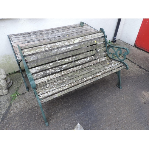 26 - Metal end garden table and bench - AF...