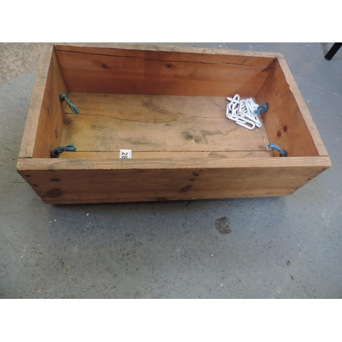 280 - Rope handled wooden box...