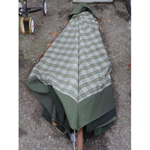 3 - Garden parasol...