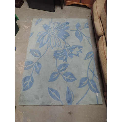 364 - Modern blue patterned rug...