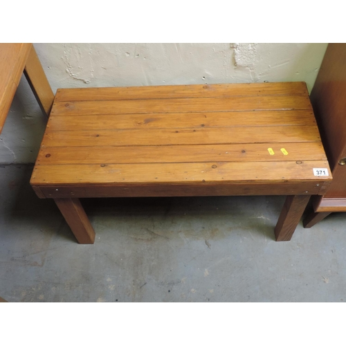 371 - Small Pine table...