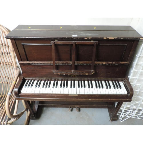 387 - Small Dale Forty upright piano - 43''x 11''x 42''...