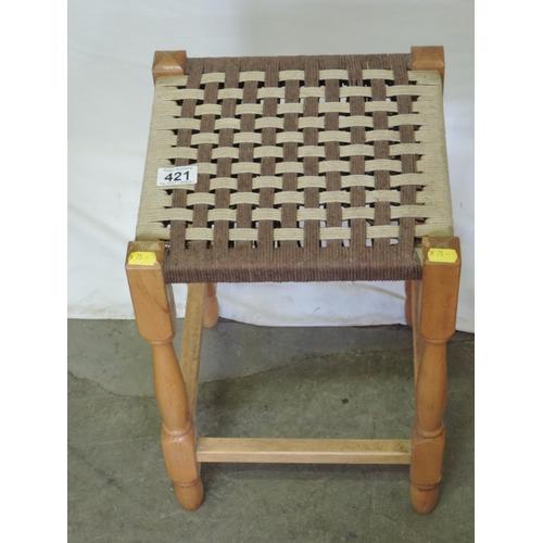 421 - Foot stool...