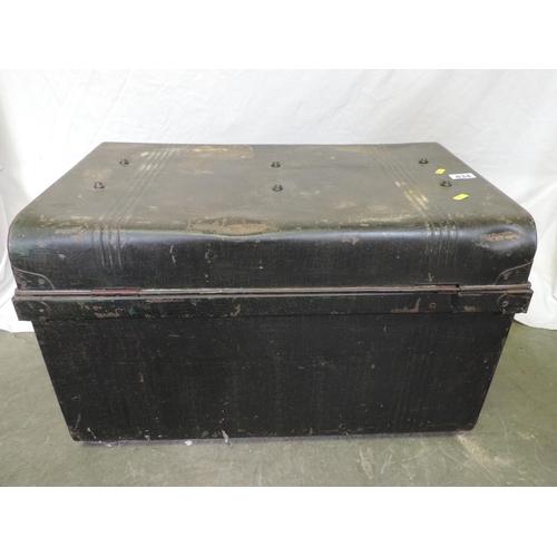 434 - Metal trunk...