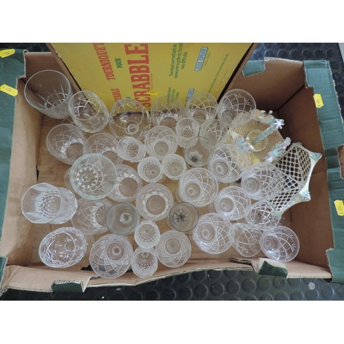 480 - Box of glassware...