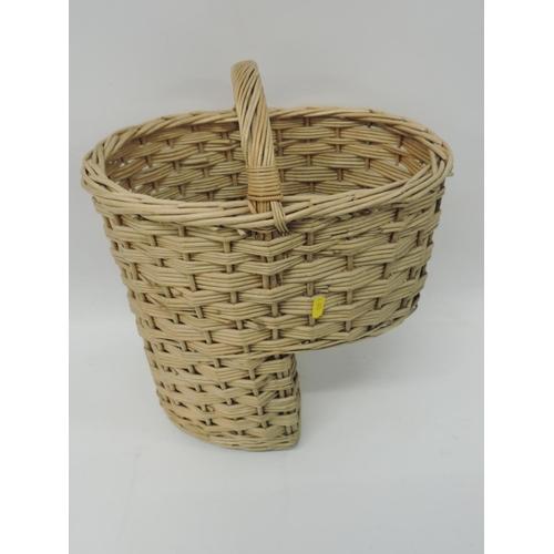 499 - Stair basket...