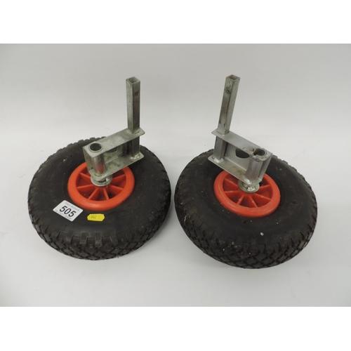 505 - 2x Trolley wheels...