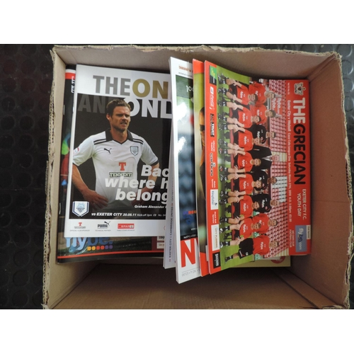 625 - Box of football programmes - Exeter...