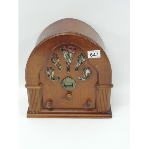 647 - Reproduction radio...