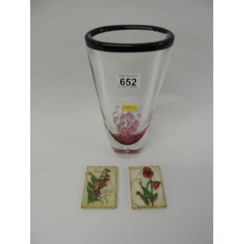 652 - Glass vase and 2x decorative wall hangings...