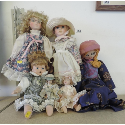 658 - Collector's dolls...