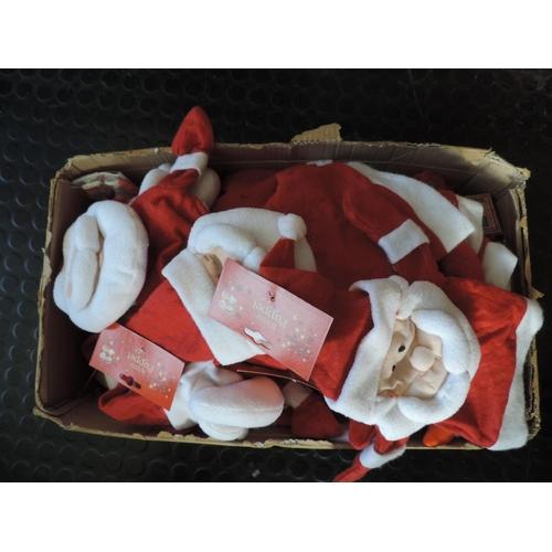 685 - Box of festive hand puppets...