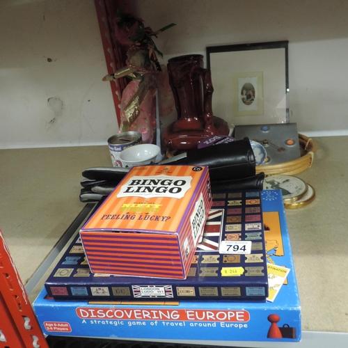 794 - Misc - games, vase, gloves etc...
