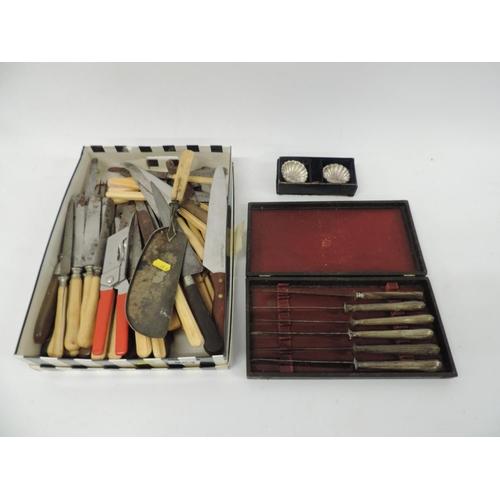 824 - Vintage cutlery...