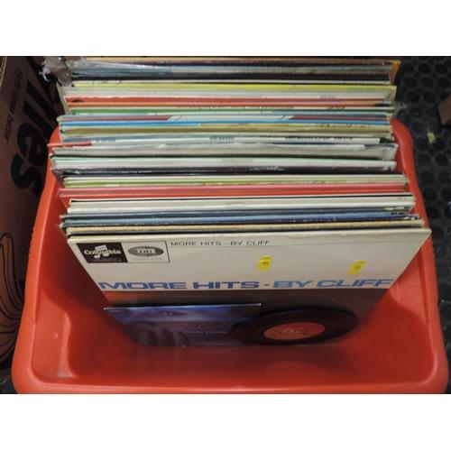 906 - Quantity of LPs...