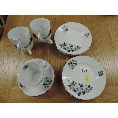 907 - Part tea set...