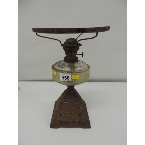 956 - Oil lamp...