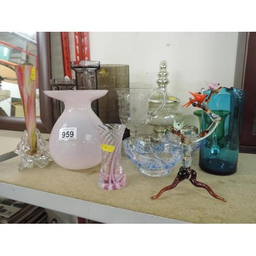 959 - Glassware...