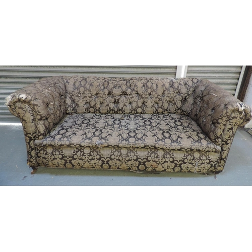 168 - Victorian Chesterfield settee...