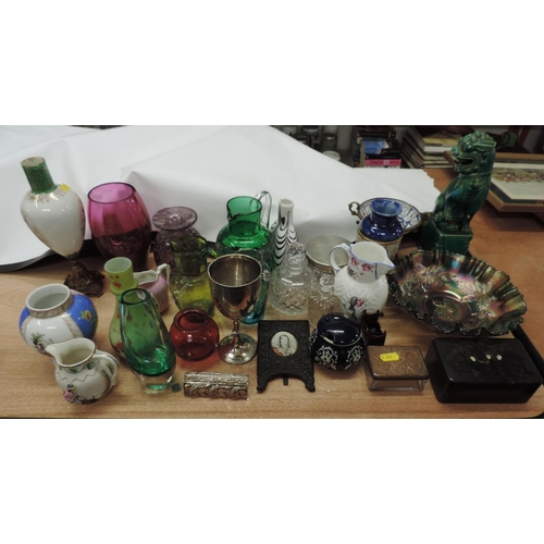 884A - Quantity of coloured glass, china etc...