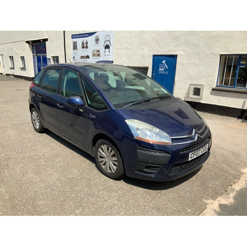 20D - Citroen Picasso CF07CGU mot 18th December 2019...