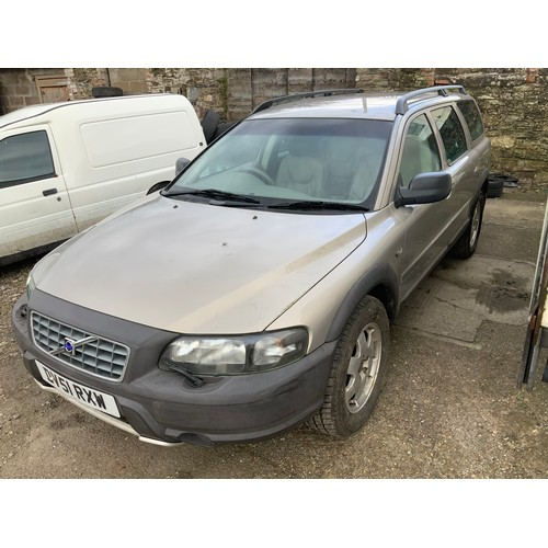 20C - Volvo V70 Estate Reg: DV51 RX3 - Direct from Deceased Estate - Car Runs But Battery is Flat...